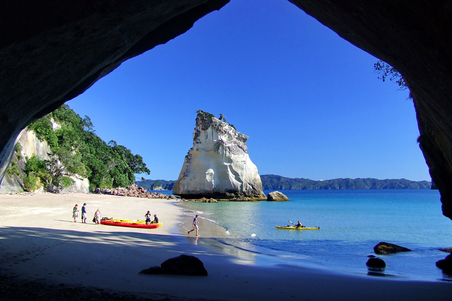 Cathedral Cove Sea Kayaking Trips
