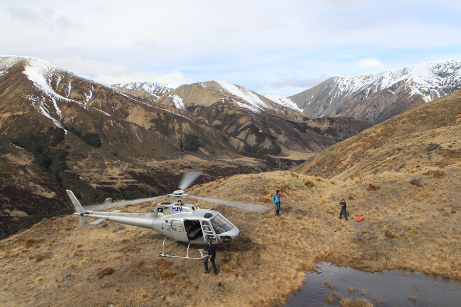 Hanmer Helicopters Mountain Landing