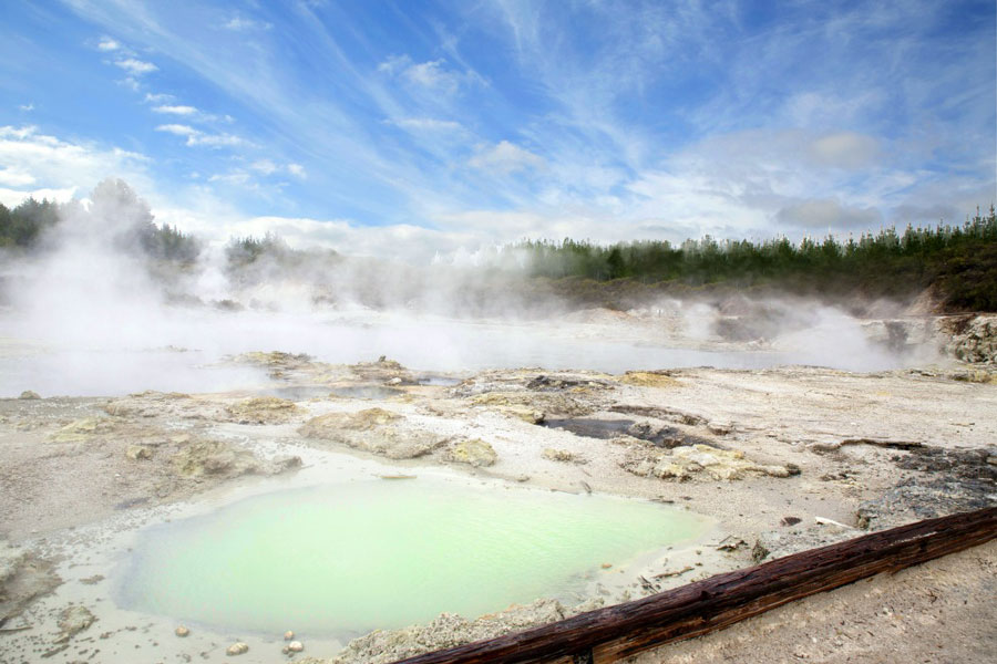 Hellsgate Geothermal Pools