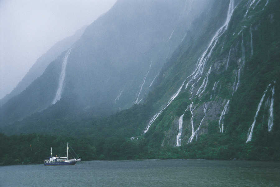 Milford Sound Nature Cruises Misty Day