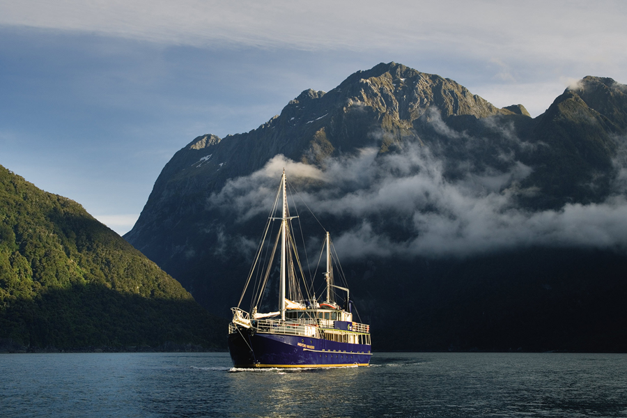 Milford Sounds Wanderer Overnight Boat