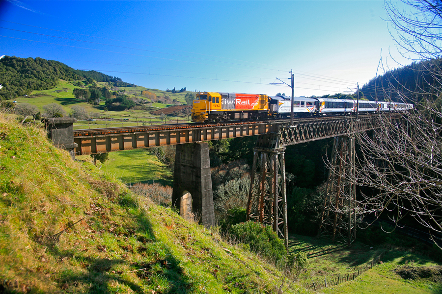 Northern Explorer Waiteti Viaduct
