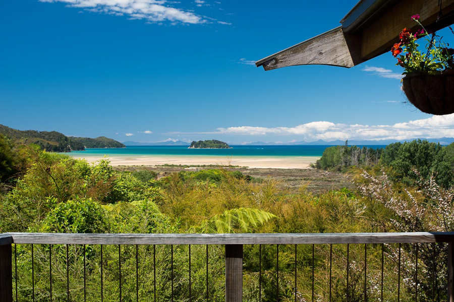 Ocean View Chalet Abel Tasman Accommodation