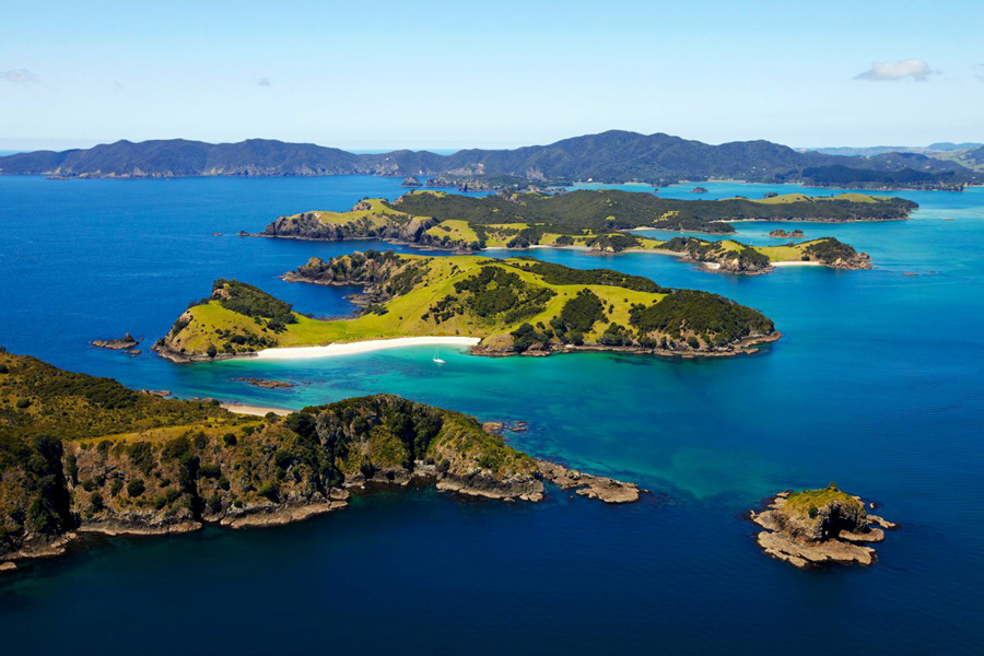 Salt Air Bay of Islands Helicopter Scenic Flights | Northland