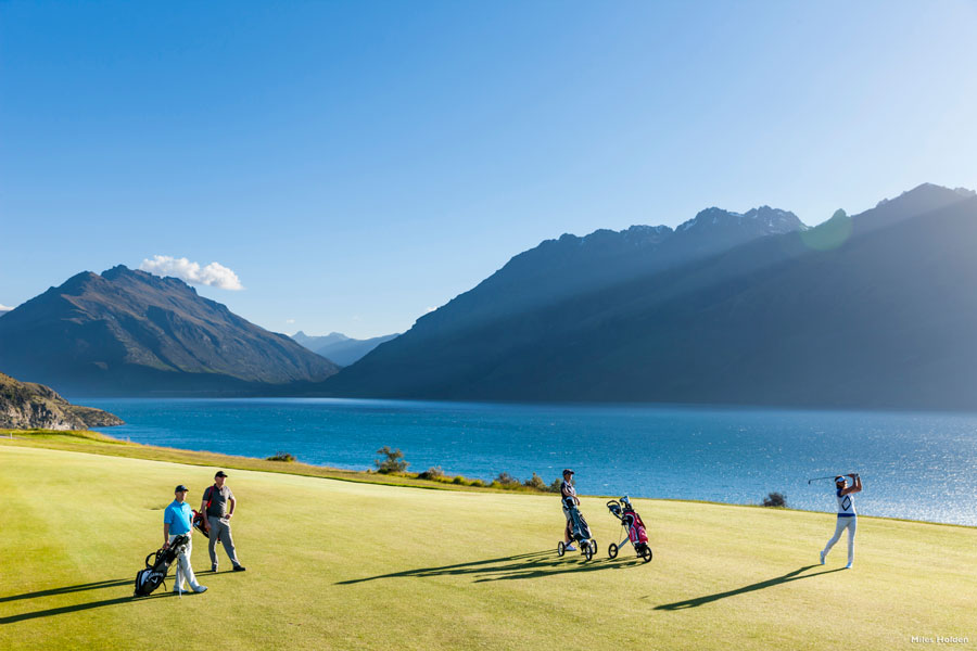 Scenic golf tours New Zealand Queentown