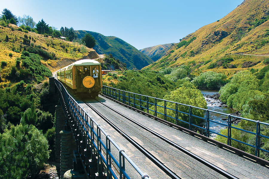 Taieri Gorge Train Hindon Viaduct