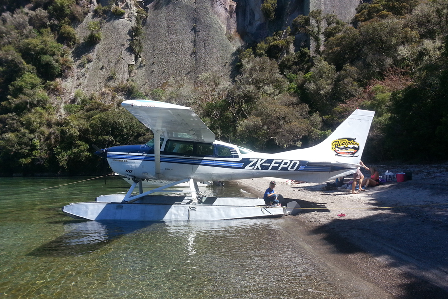 Taupo Float Plane
