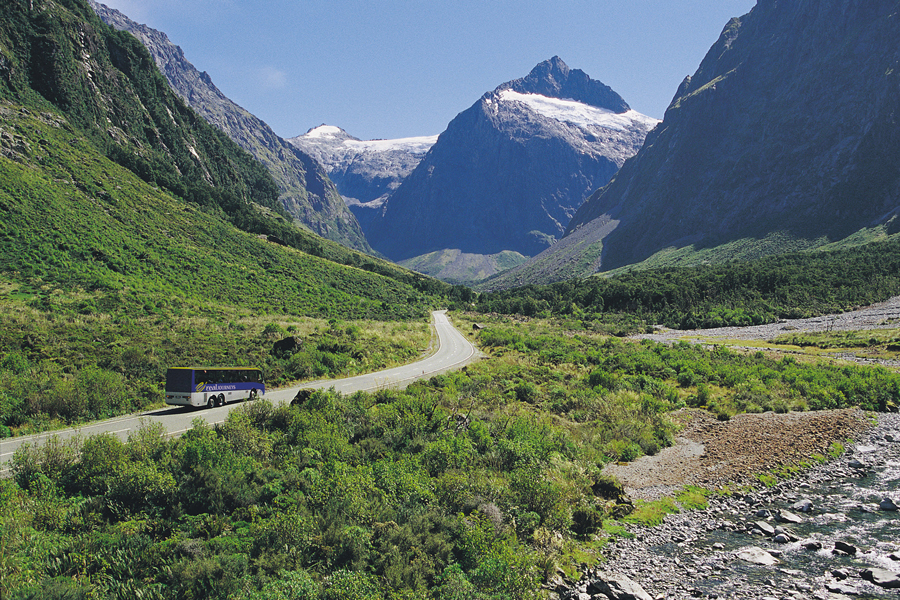 Traveling to Milford Sound by Coach