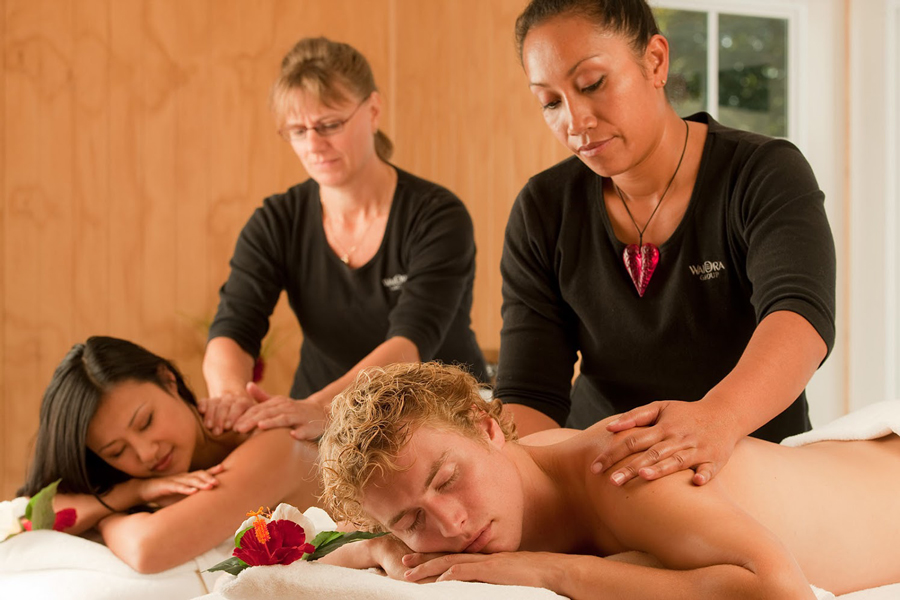 Wai Ora Lakeside Resort Massage