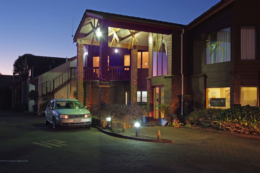 Comfort Inn Cascades Lake Taupo Accommodation