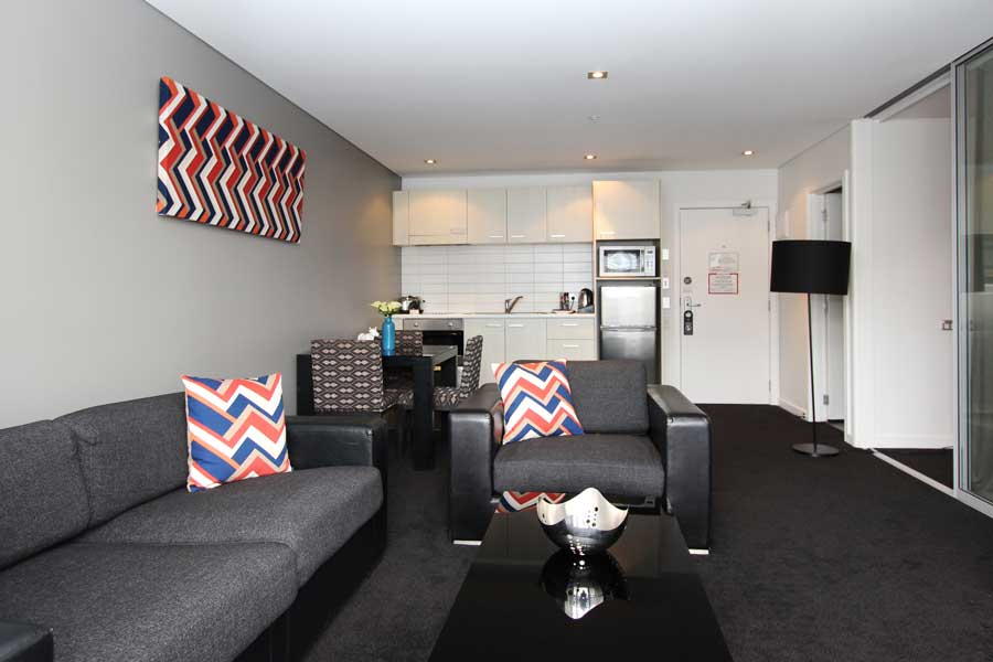 ... Waldorf Stadium Apartments Hotel Auckland Living And Kitchen ...