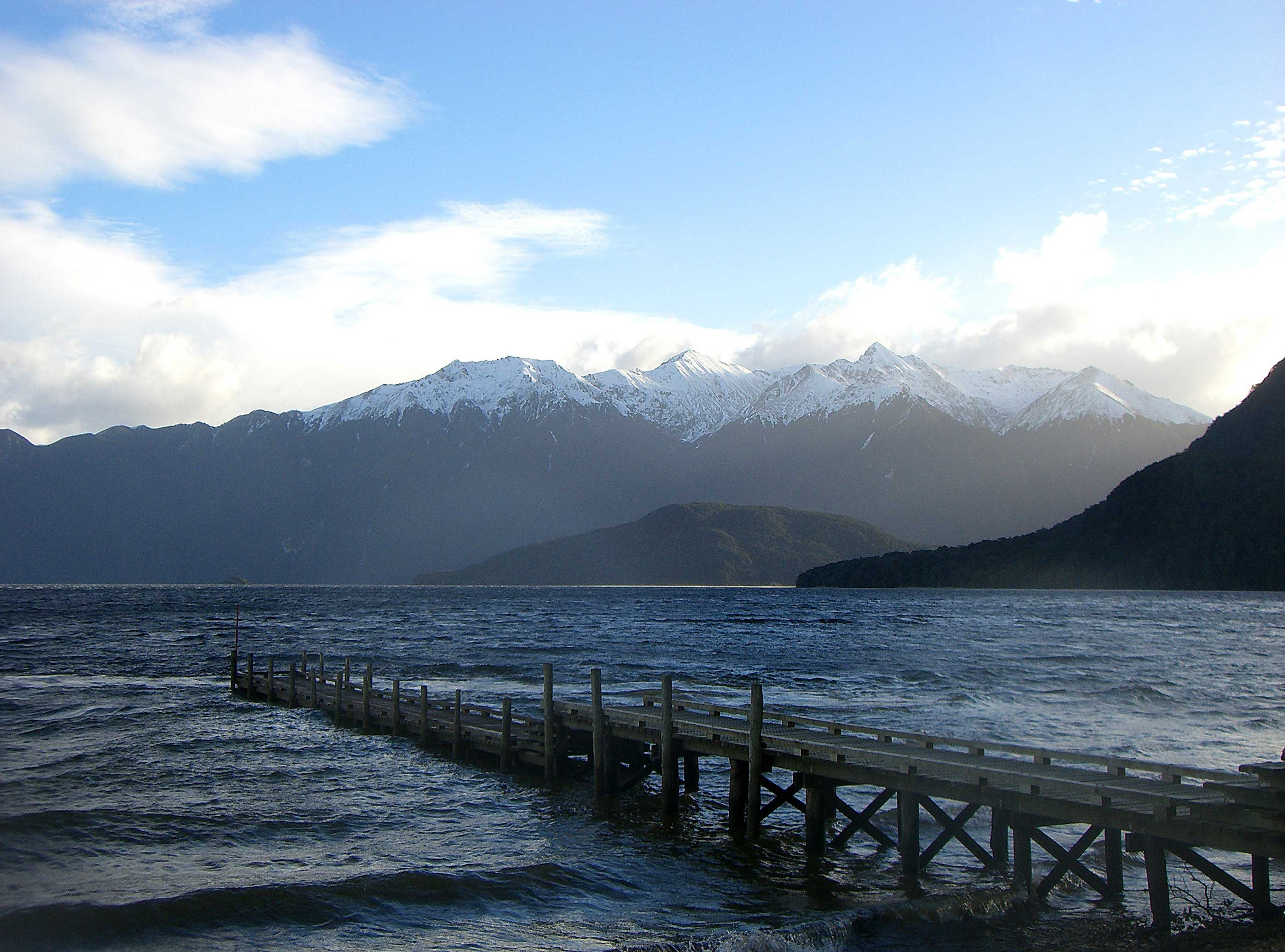 how to get to fiordland national park