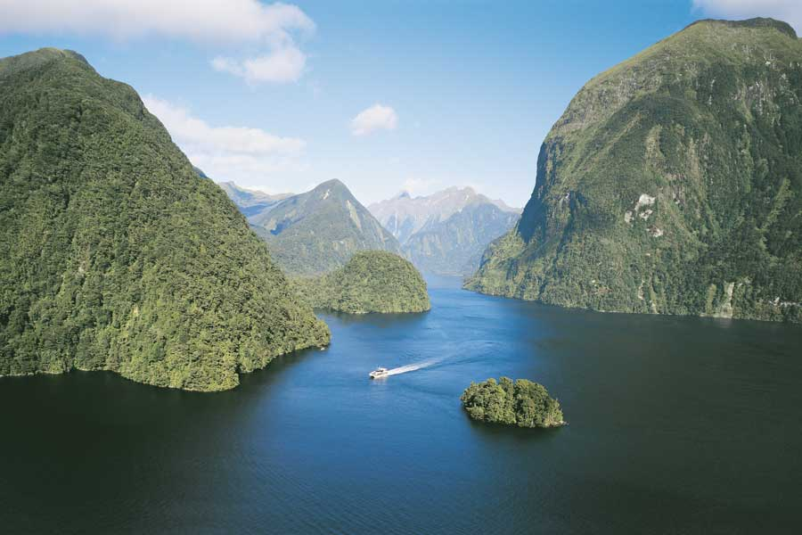 Doubtful Sound day cruise
