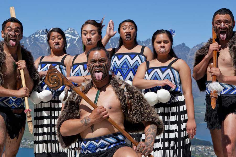 Kiwi Haka_Skyline Queenstown_