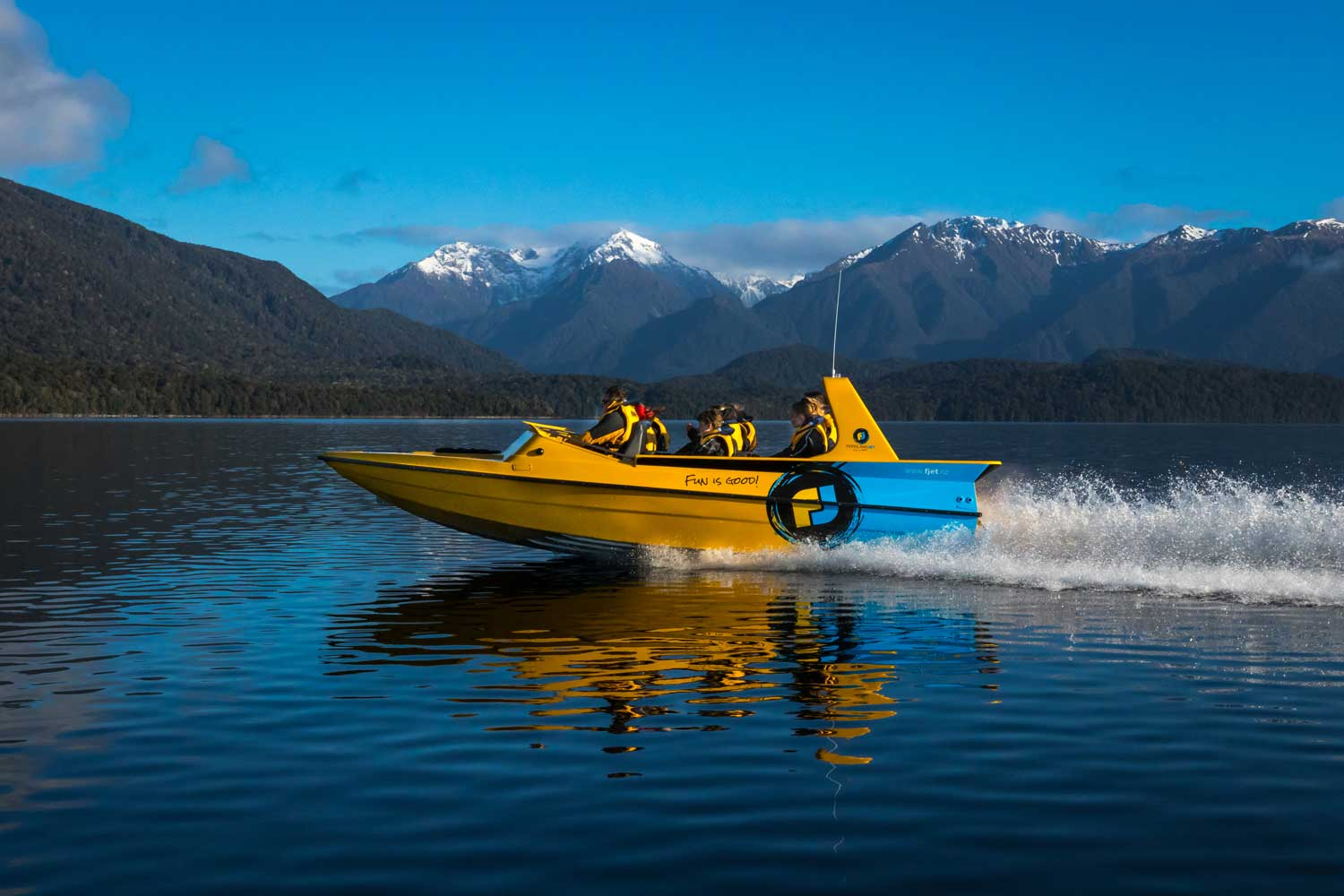 Closer shot of the Boat Lake Te anau