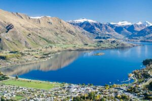 accommodation wanaka apartments New Zealand itinerary 3 weeks