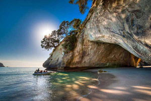 14 Day North Island Explorer Private Guided Tour