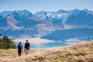 14 Day Iconic NZ Coach Tour Package