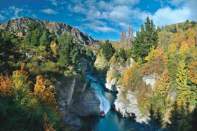 07 Day Iconic South Island Coach Tour Package