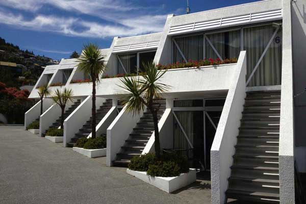 Amity Queenstown Serviced Apartments
